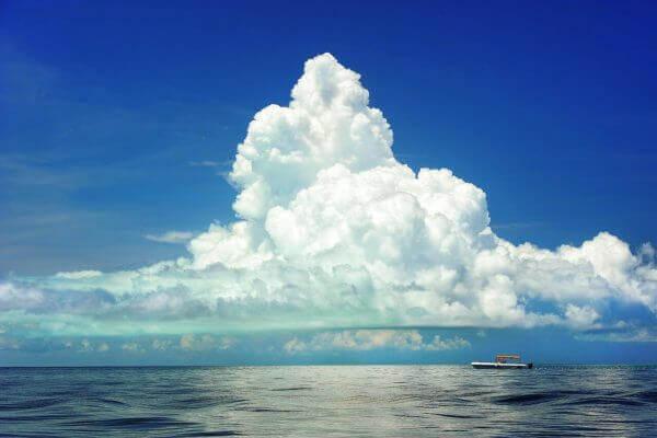 cssだけでモクモク雲みたいな装飾